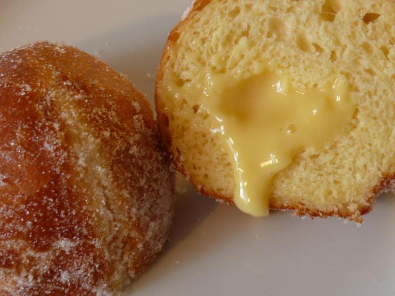 Bäcker Süpkes Berliner, aufgeschnitten