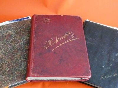 Kochbücher, dreiJPG