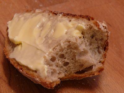 Bäcker Süpkes Schwarzwälder, mit Butter