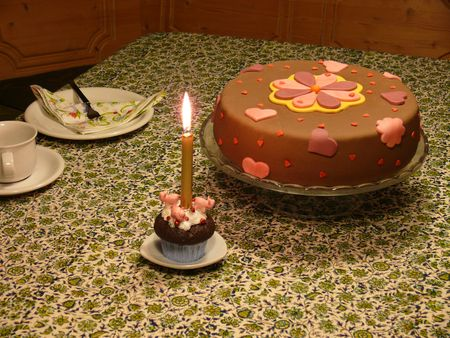 Geburtstagstortentisch