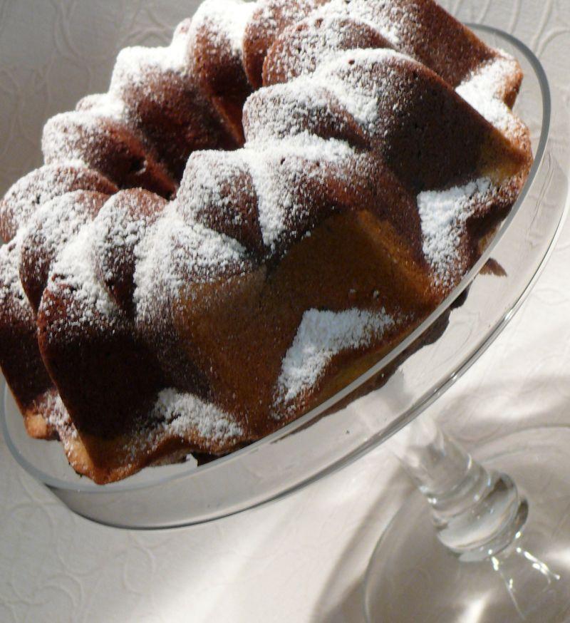 Marmorkuchen mit Schnee