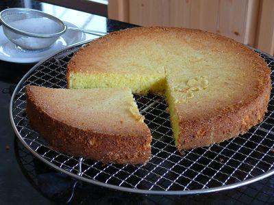 Mandelkuchen - ein Viertel für den Gärtner