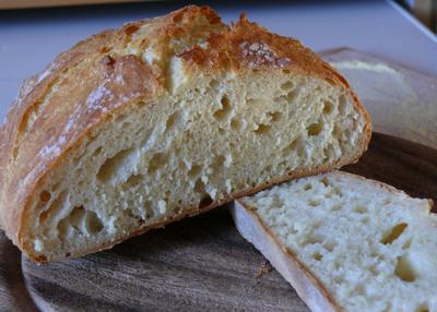 Italian_semolina_bread_m4